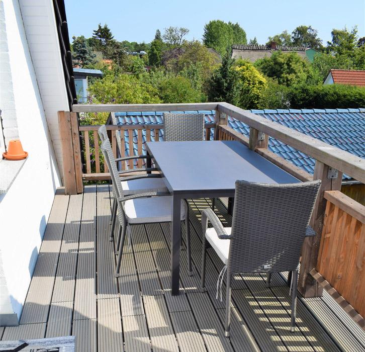 Essbereich und Balkon